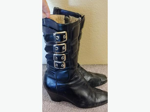 Icon Hella Boots - $make an offer - Size 6.5-7
