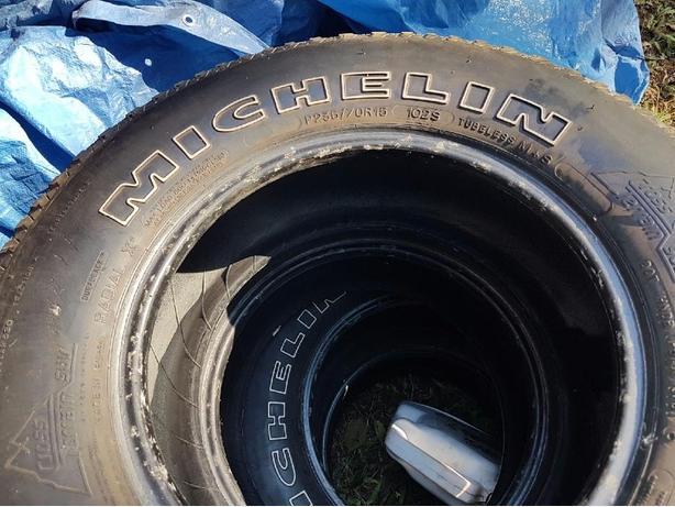 Michelin 225 70 r15