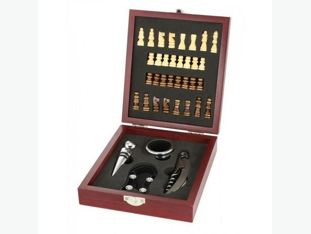 Wine Tool & Chess Set Gifts Doorprizes Resale Bulk Buy of 3 Brand New