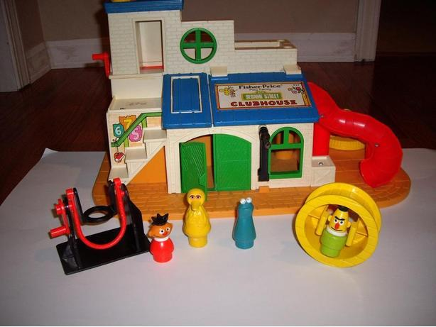 FISHER PRICE CLUBHOUSE