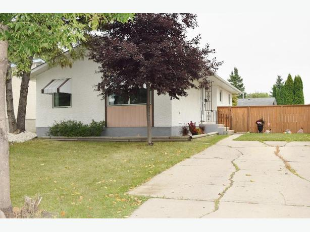 Wonderful 3 Bedroom Bungalow