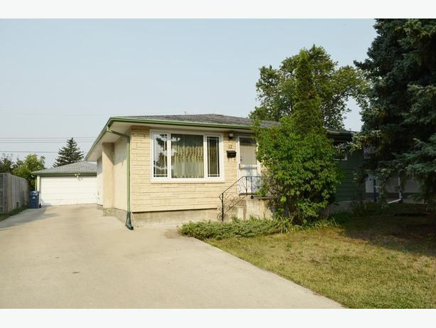 Wonderful 4 Bedroom Bungalow