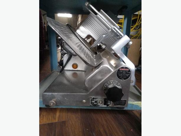 Globe Slicing Machine