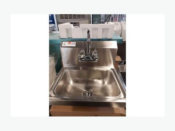 Restaurant Equipment Auction Sat 16th- Sinks/plumbing