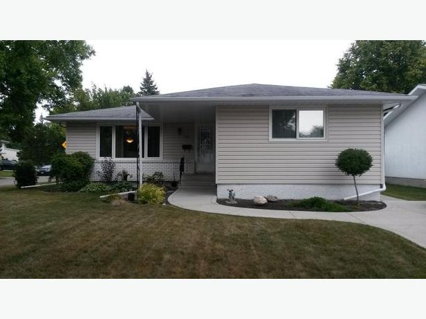 134 Normandy Drive -Professionally Marketed by Judy Lindsay Team