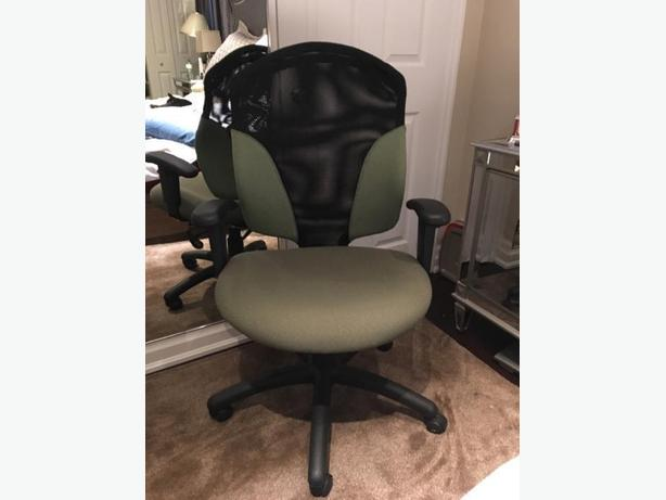 Harkel Custom made desk chair