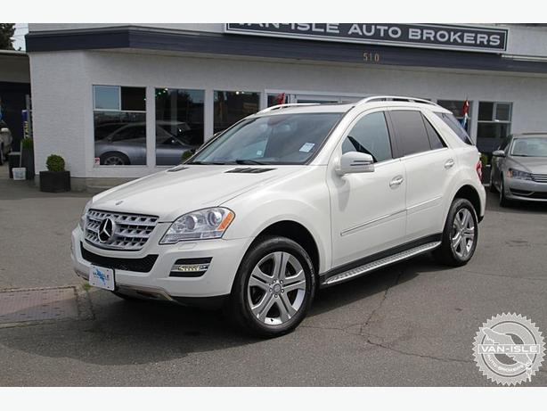 2011 Mercedes-Benz ML350 63,000KM