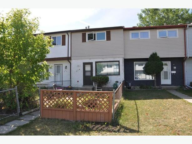 216 Le Maire Street -Professionally Marketed by Judy Lindsay Team