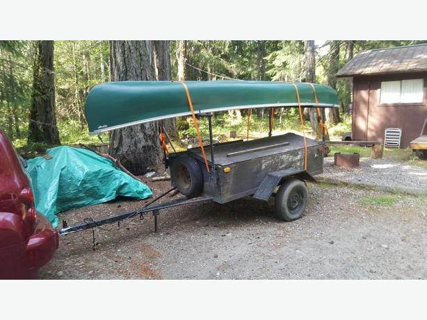 16 FT ST MAURICE CANOE MADE IN CANADA WITH TRAILER--great deal