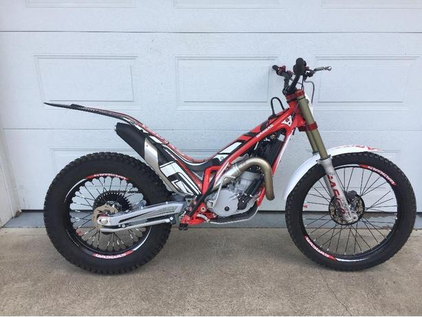 2017 GAS GAS TXT E4 300cc trials motorcycle