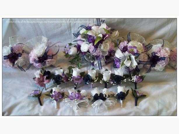 Brand new 23 piece wedding flower set