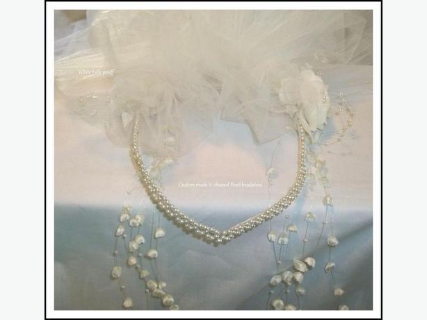 brand new custom made V-Shaped pearl headpiece /pouff/veil