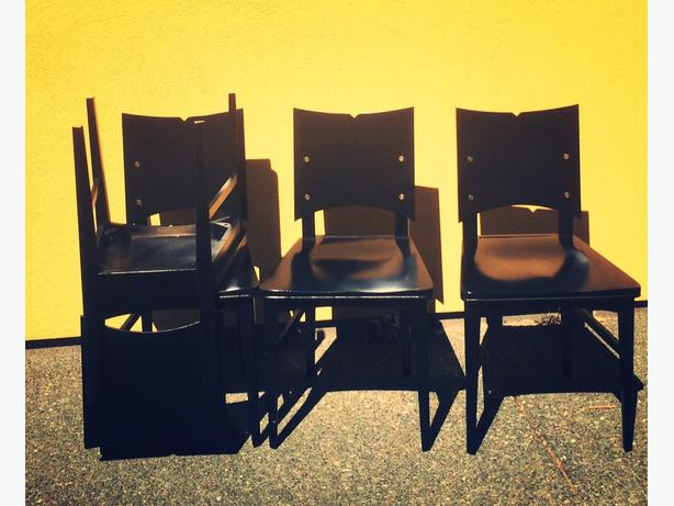4 Black Chairs
