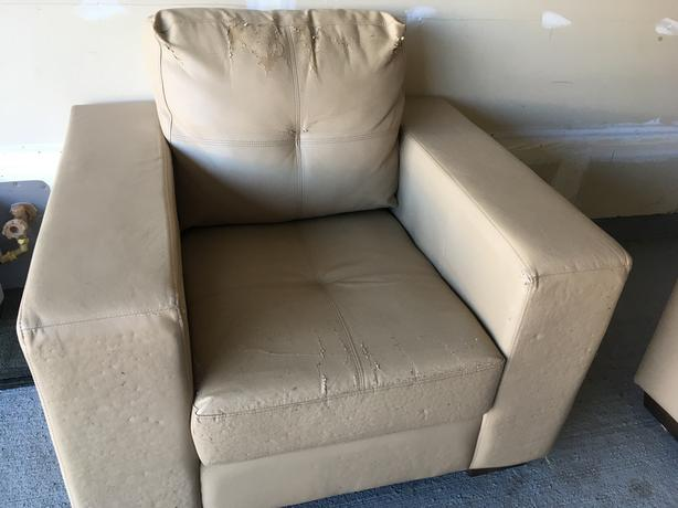 FREE: Living Room Furnitures