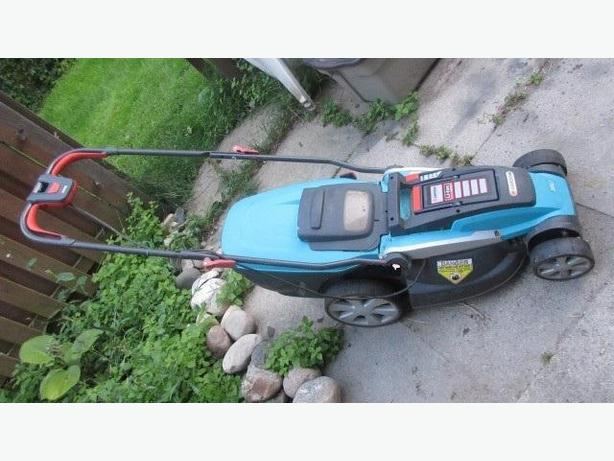 Gardena 36V Lithium Ion rechargeable lawnmower