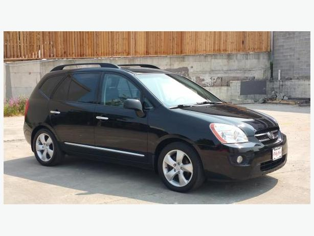 ON SALE! ** 2009 Kia Rondo - 7 Passenger - Leather