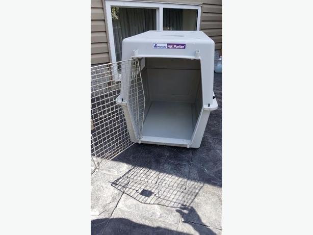 New - Pet Porter dog kennel
