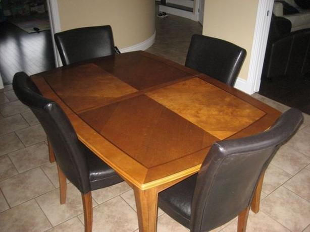 Solid Wood Dinning Set with 6 Leather Chairs