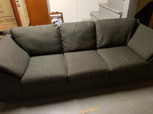 Sofa Summerside Pei