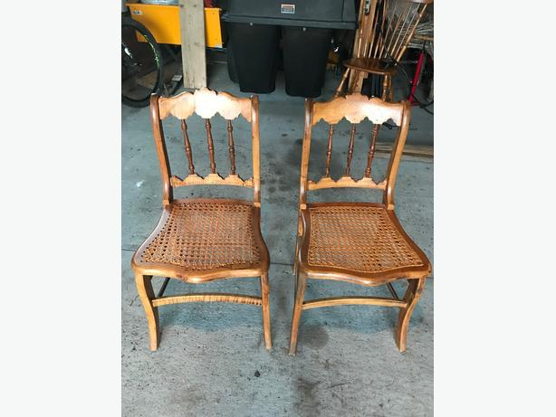 Dining room chairs (10). Caned, Oak or Beechwood.