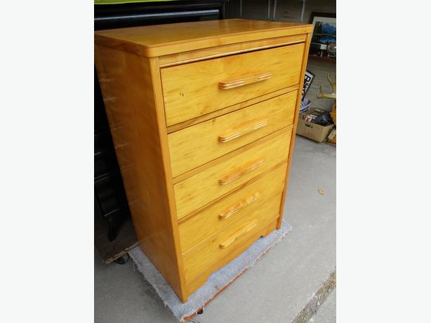 COUSINS ESTATE FIVE DRAWER DRESSER