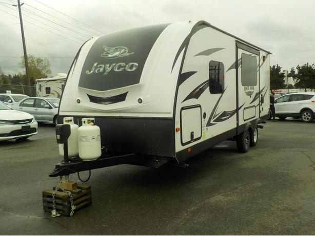 2016 Jayco White Hawk 24RDB Travel Trailer w/ 2 Slide Outs