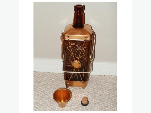 Vintage Mid-Century (1950s/60s) Musical Decanter with Shot Glass