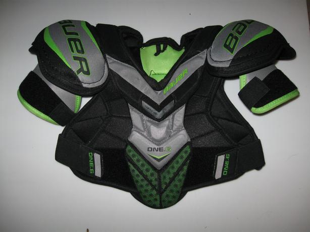 Small Bauer Supreme ONE.6 Shoulder Pads - Youth/Junior