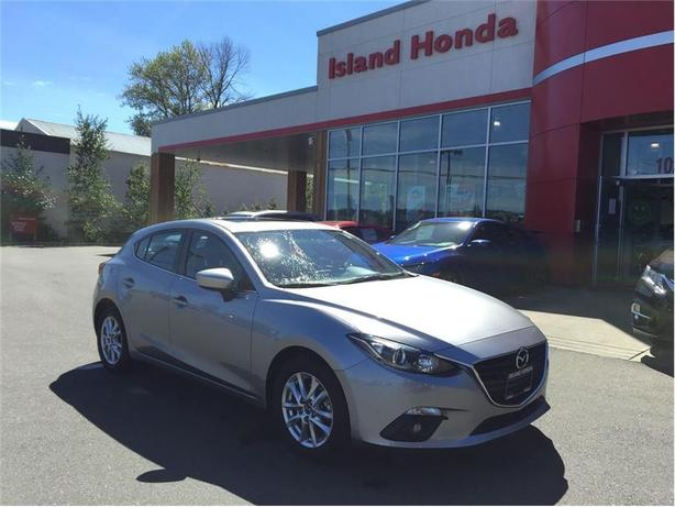 2014 Mazda Mazda3 Sport GS | AUTO | SUNROOF | ONE OWNER