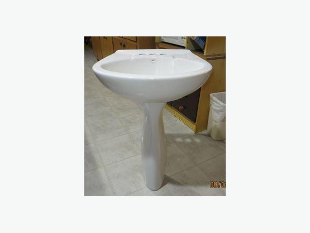 NEW PEDESTAL SINK