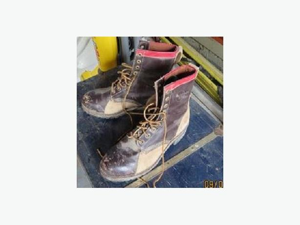 STEEL TOED SIZE 12 WORK BOOTS