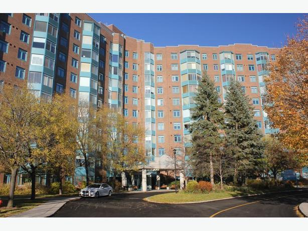 Grenon condo - 4th floor - available early November