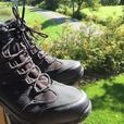 Mens size 10 Columbia boots
