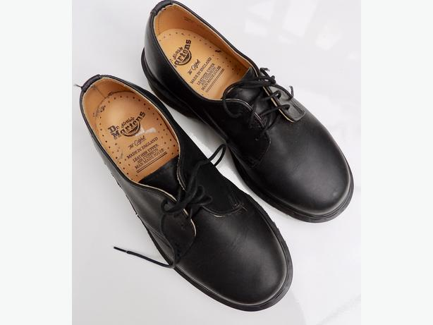 The Original Dr. / Doc Martens Air Wair Black Shoes - AS NEW!