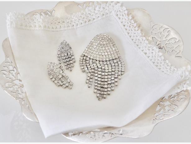 1980's Rhinestone Brooch & Earrings Set