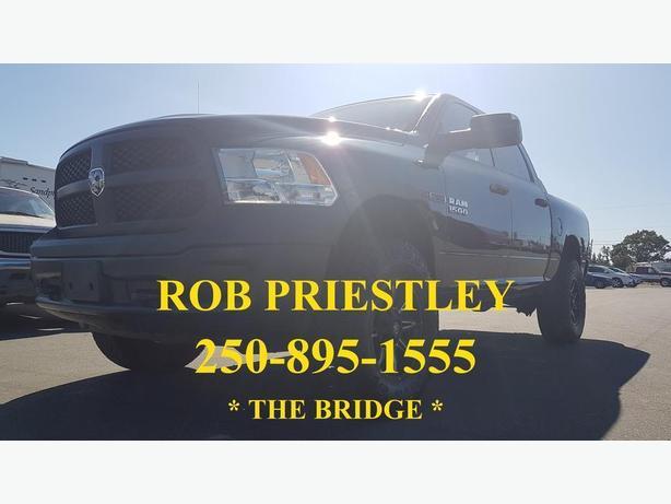 2015 RAM 1500 CREW CAB ST 4X4 * ECO DIESEL * LIFT / RIMS / TIRES * THE BRIDGE *