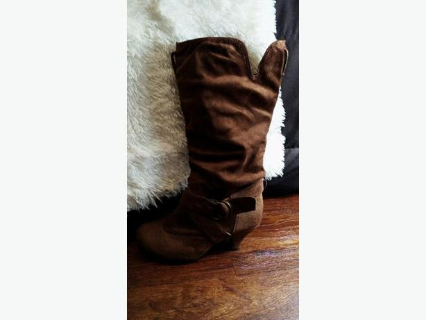 Cowgirl Style High Heel Boots
