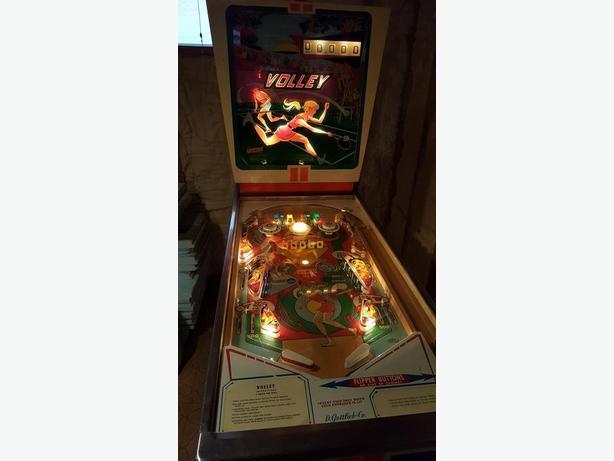 """Vintage """"Volley"""" Pinball Machine"""