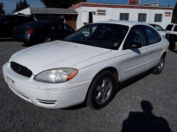 2005 Ford Taurus   No Reserve Auction