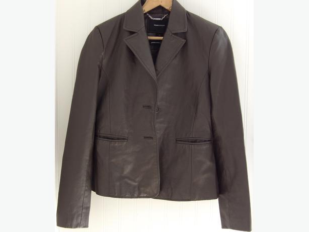 Women's Isaac Mizrahi Brown Genuine Leather Jacket - As New