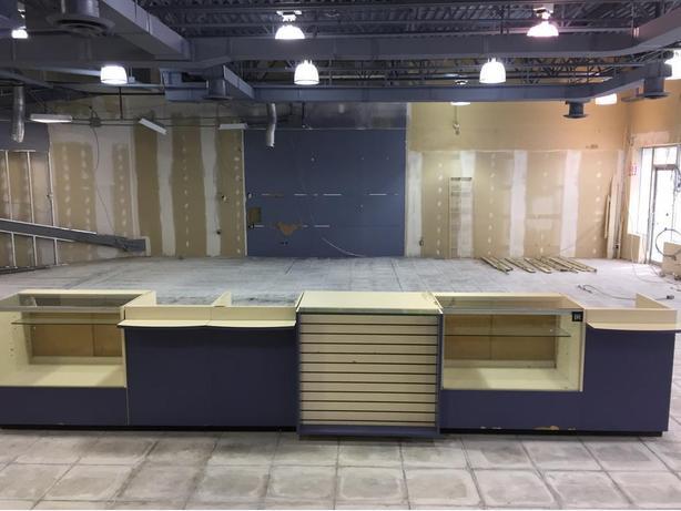 6 Piece Retail Reception Desk/Display Case