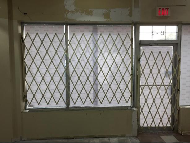 Commercial Heavy Duty Metal Security Bars & Retractable Gates