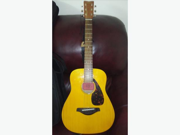 Yamaha junior kids 3/4 size acoustic guitar...model- jr-1