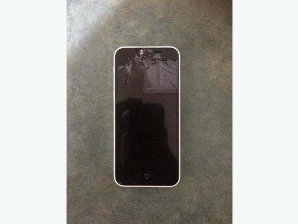 35$ iphone 5c for parts cracked screen.