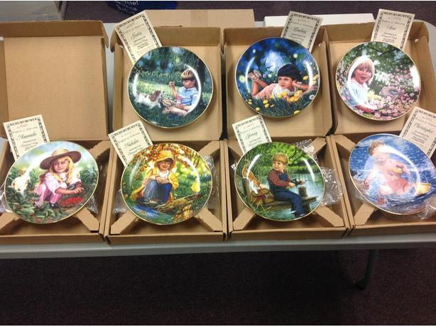 20 Collectible Plates