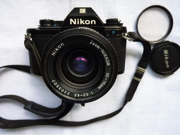 Nikon EM 35mm film SLR camera w. Nikkor 35-70mm lens