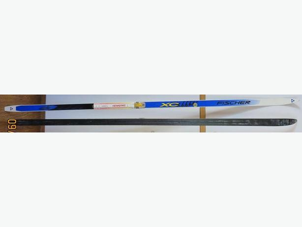 FISHER XC 200cm CROSS COUNTRY SKIS