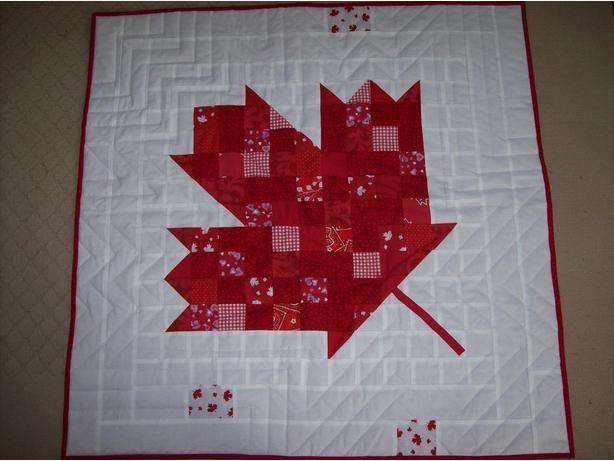 Maple Leaf wall hanging/lap quilt