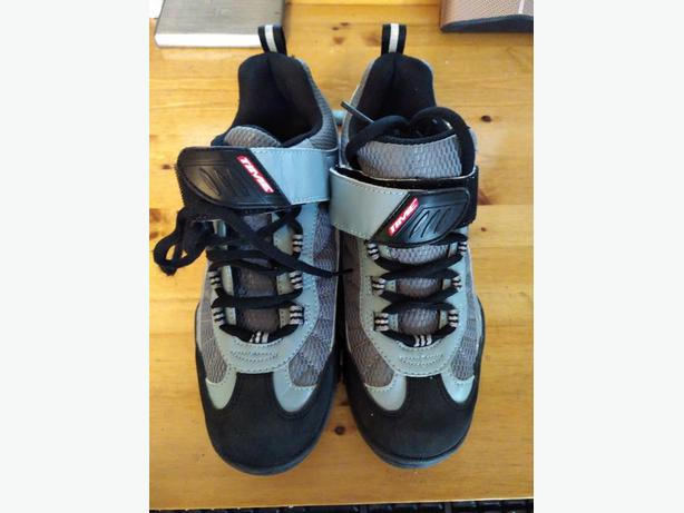 Men's running shoes. Size 8.5