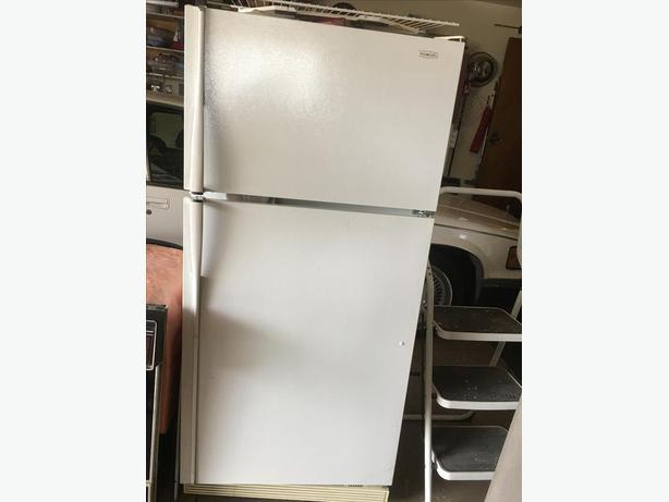 Fridge - NON WORKING